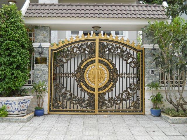 Hướng dẫn 4 cách trang trí cổng nhà đón Tết
